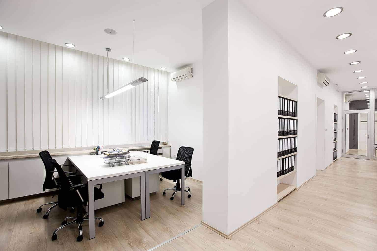 Partition Walls in an Office